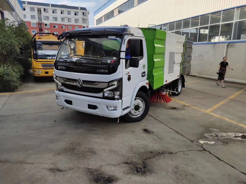 東風大多利卡國六8噸洗掃車圖片