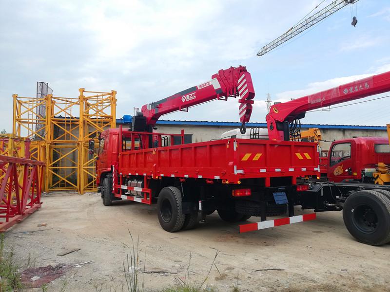 新飞工8吨随车吊,东风畅行D3L随车起重运输车