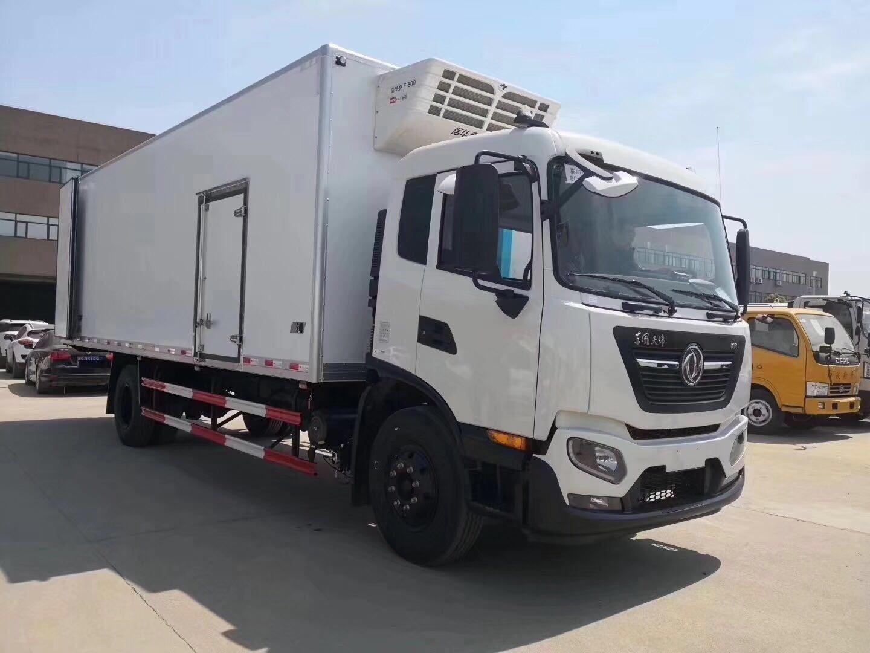 东风天锦7.8米冷藏车图片