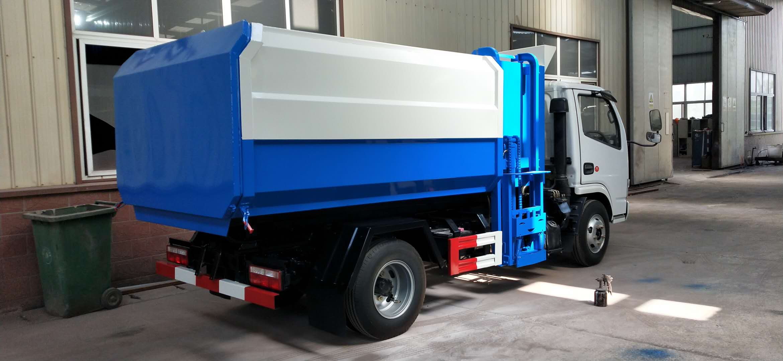 东风多利卡挂桶垃圾车厂家价格多少钱