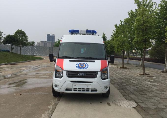 国六福特新世代V348救护车