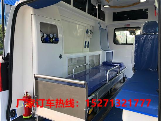 奔驰国六救护车 (6)