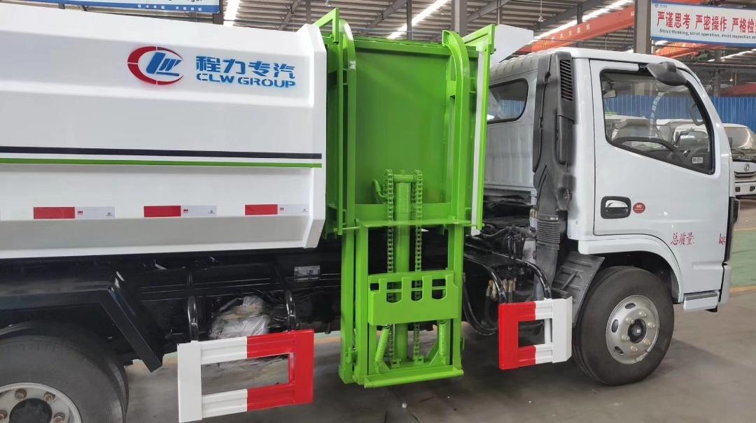 国六5方挂桶垃圾车