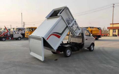 隨州廠家直銷3方5方掛桶垃圾車視頻