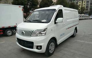 国六长安睿行M80面包冷藏车图片