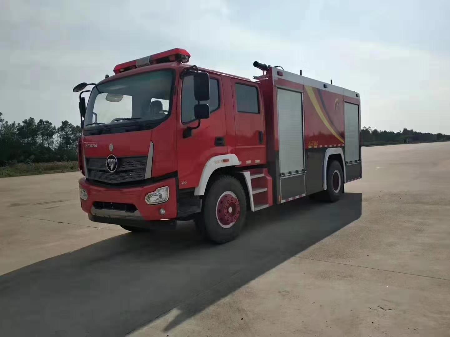 福田瑞沃泡沫消防车图片