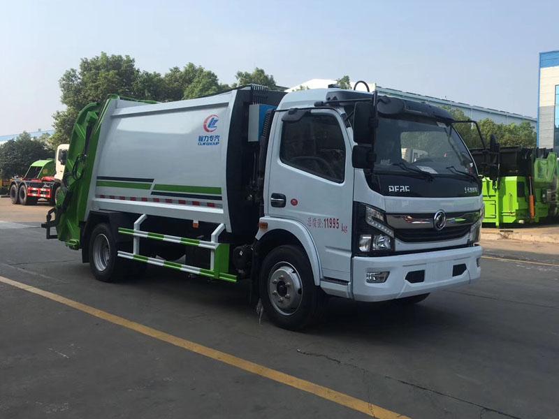国六东风(6方)大多利卡压缩式垃圾车