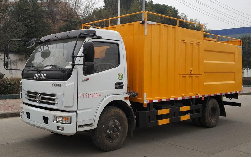 国五黄牌东风多利卡3800轴距污水处理车厂家图片