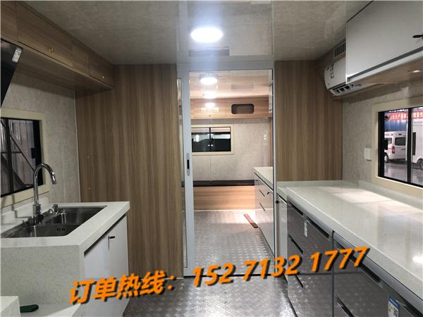 重汽豪沃大型餐饮车销售15271321777 (6)
