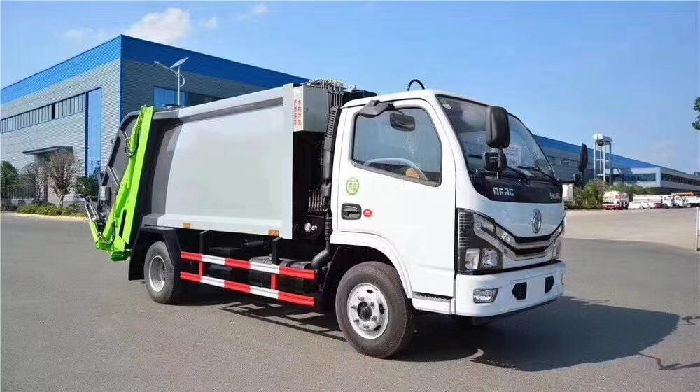 东风多利卡6立方压缩式垃圾车