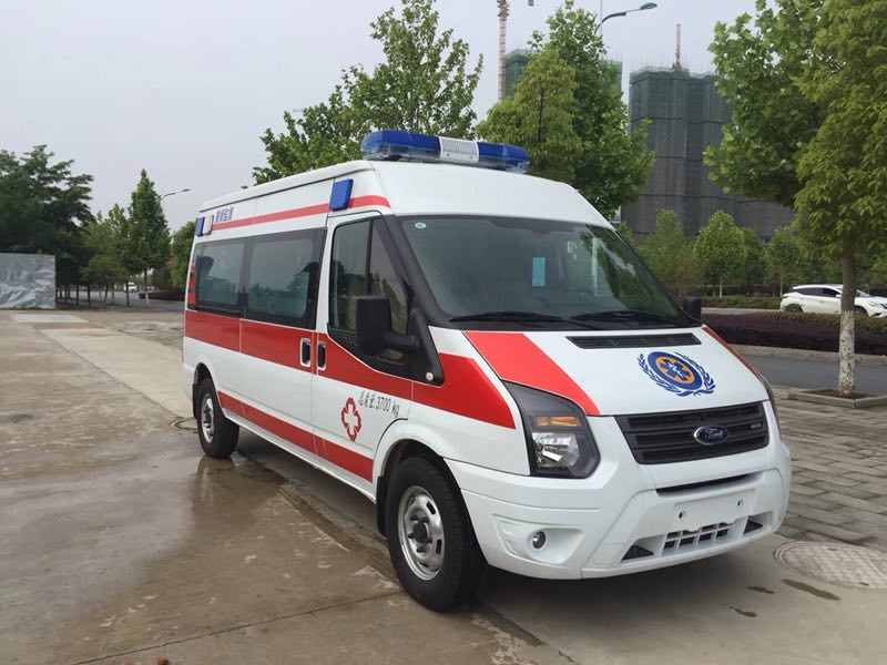 福特V348长轴救护车图片