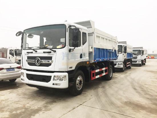東風D9對接式垃圾轉運車