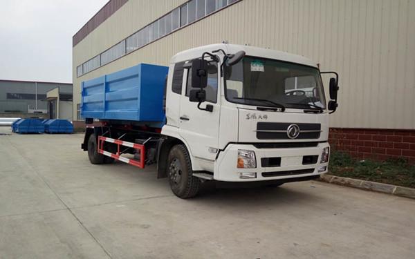 东风天锦13方勾臂垃圾车大型市政环卫车型图片
