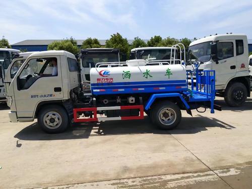 國五東風5噸綠化灑水車