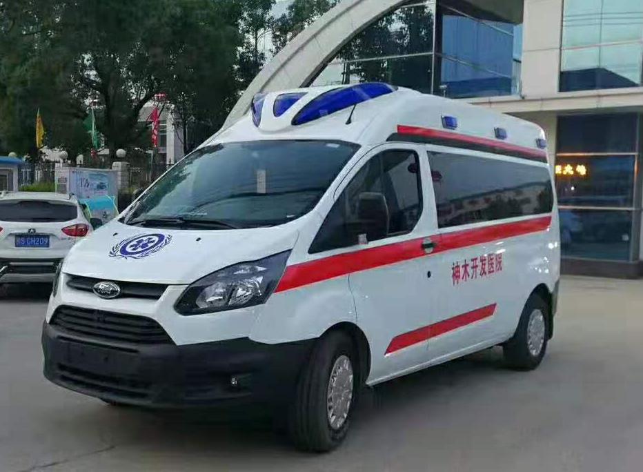 福特新全順短軸運輸型救護車