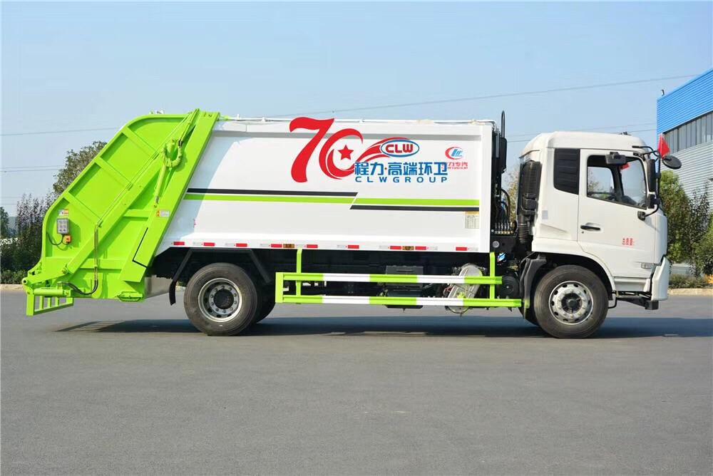 出口12方壓縮垃圾車,非洲客戶親自驗收視頻