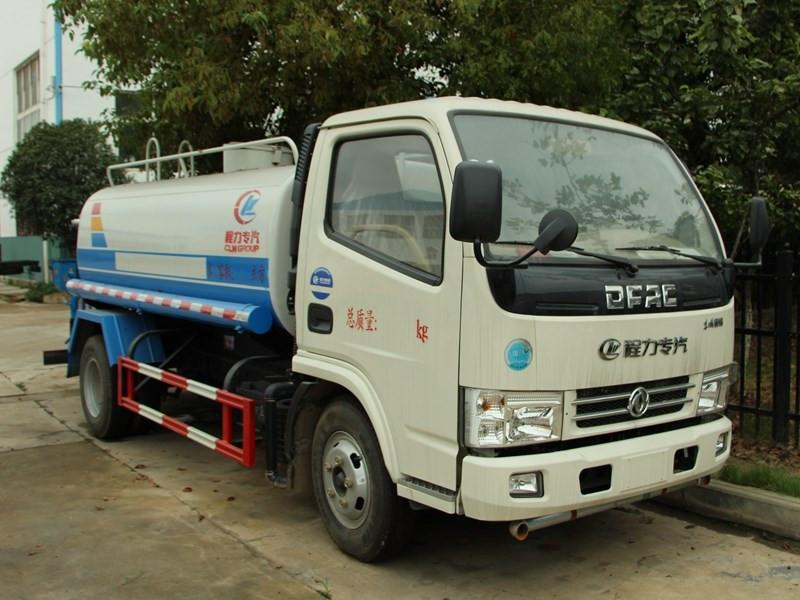 東風5噸灑水車有哪些用途?說出三個算你牛!圖片