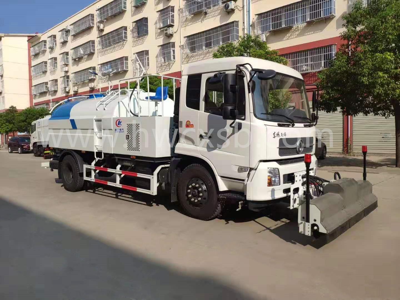 东风天锦清洗车(国五9方)