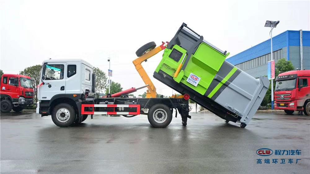 D9套臂垃圾车,配套使用8方压缩垃圾站图片