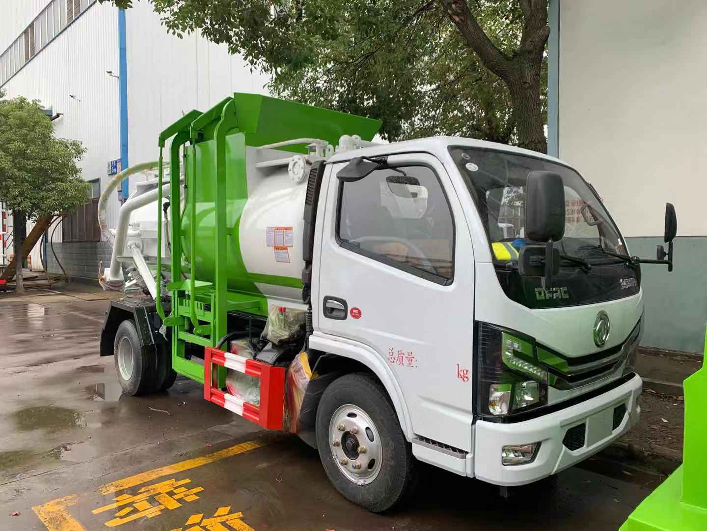 国六东风多利卡5方餐厨垃圾车工作