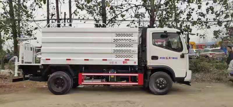 3吨5吨8吨12吨15吨20吨东风洒水车图片配置洒水车价格表