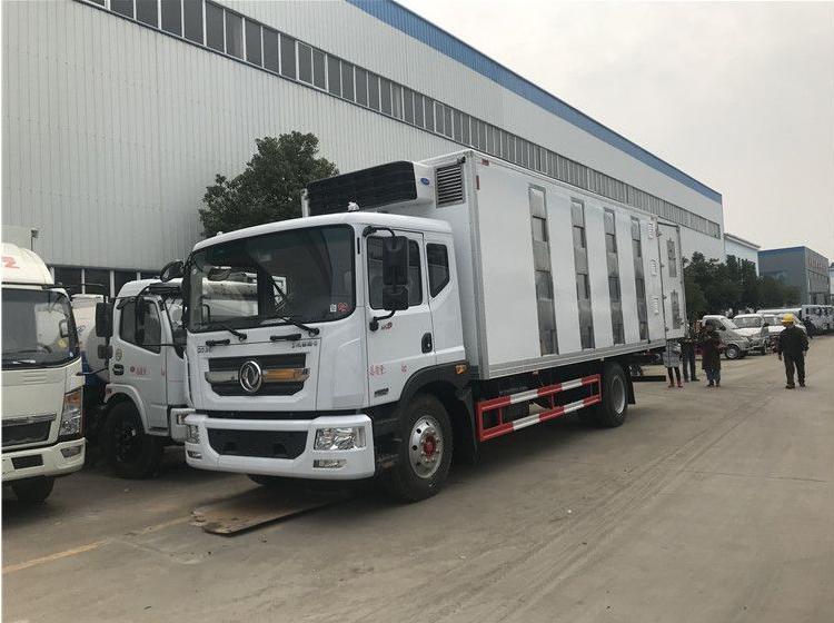 6.8米運豬車什么價_東風畜禽運輸車廠家視頻