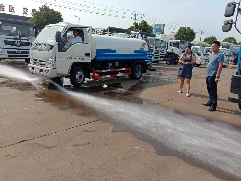 5吨福田时代小洒水车厂家看车现场免费试车