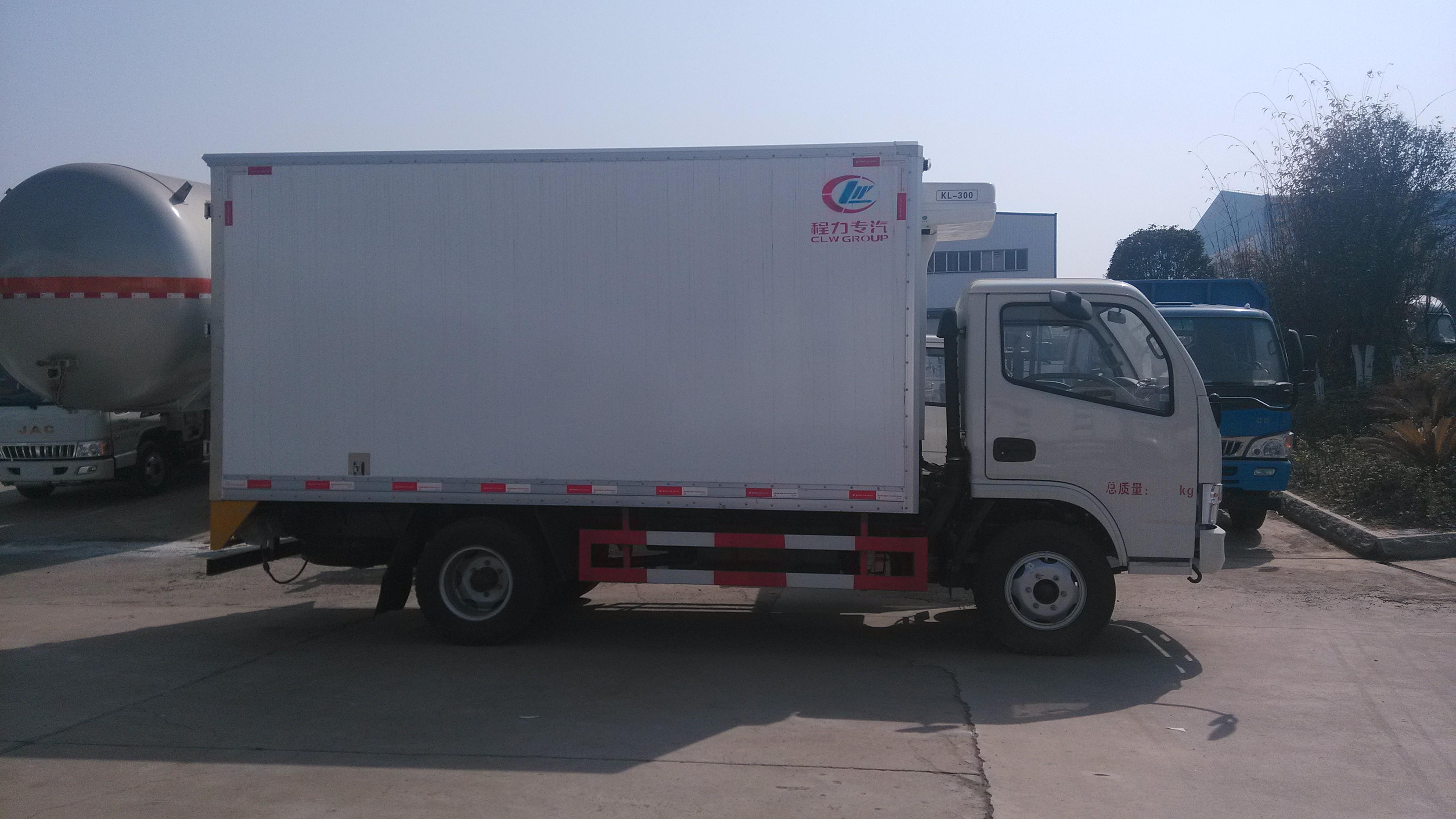 东风多利卡冷藏车2