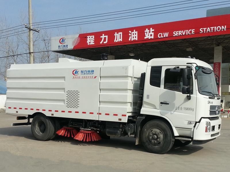 东风天锦扫路车(国五18方)