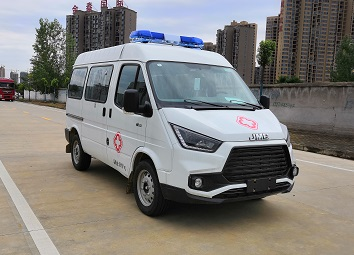 CLW5042XJHCD6型救护车1