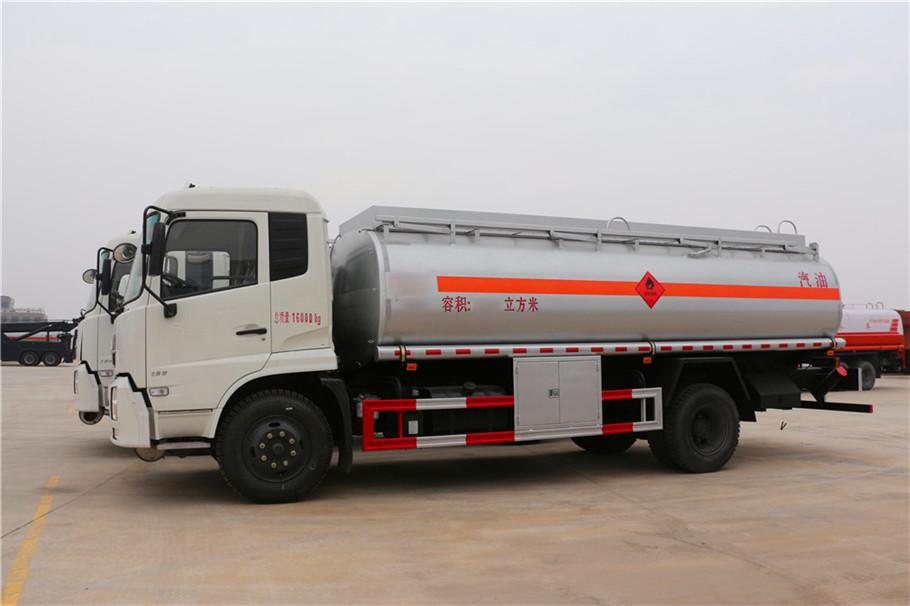 油罐車,給油,運油車,危化品運輸車,廈工楚勝(湖北省)