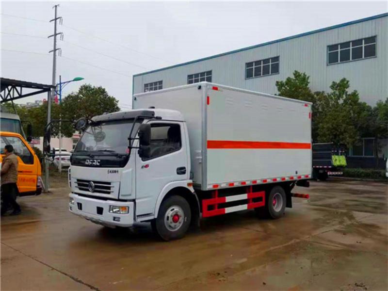 天津张总定购的6台东风多利卡气体厢式运输车上完牌啦