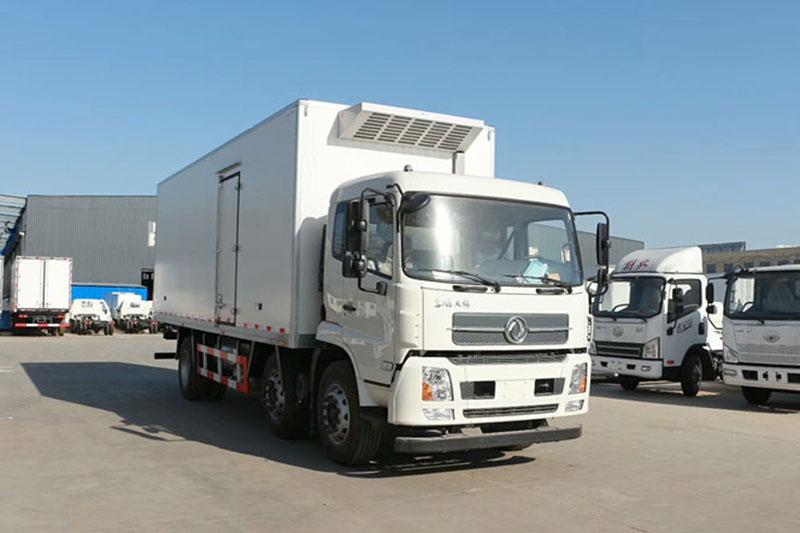 东风天锦国五8米冷藏车
