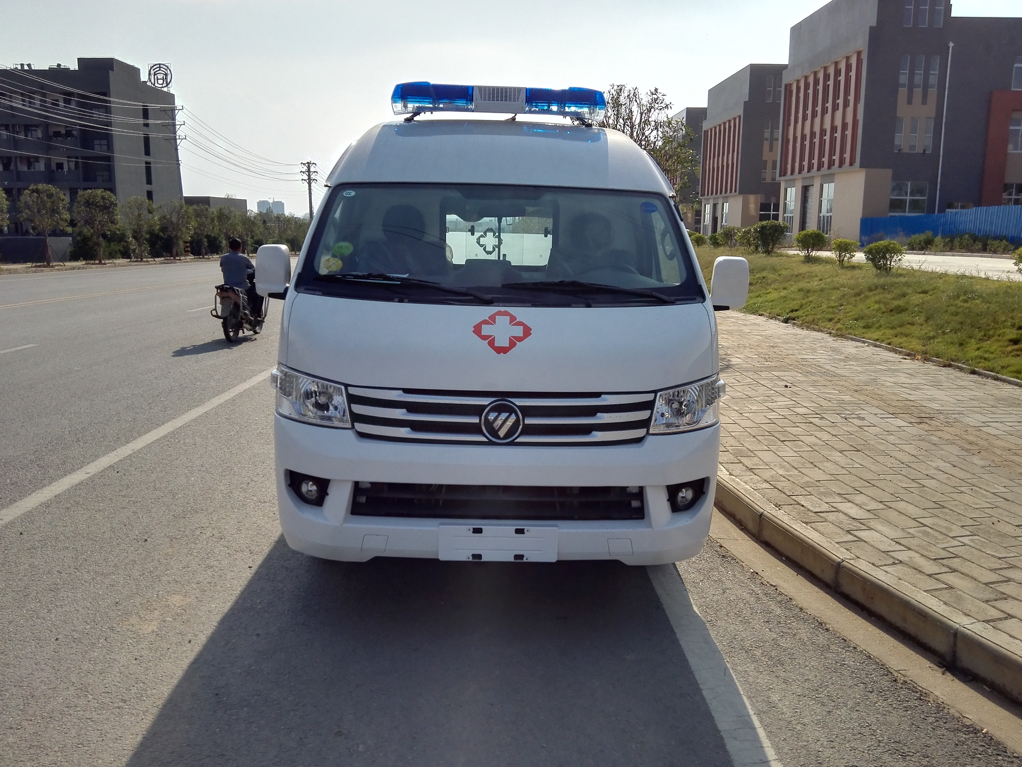 國六福田G9救護車 (5)