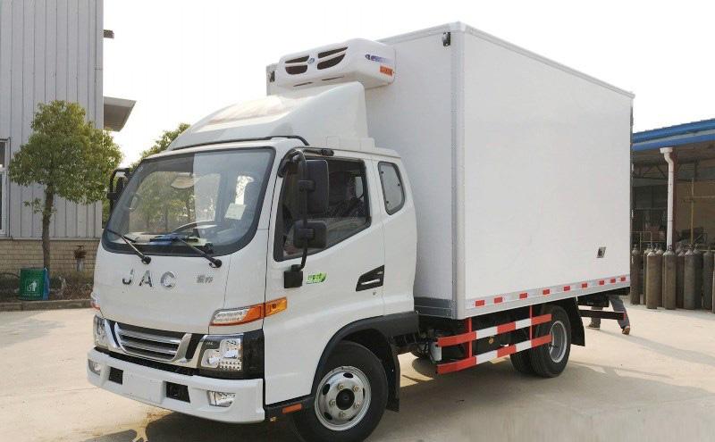 惊爆全网!广东地区的朋友福音来了,江淮小型冷藏车本月特价!