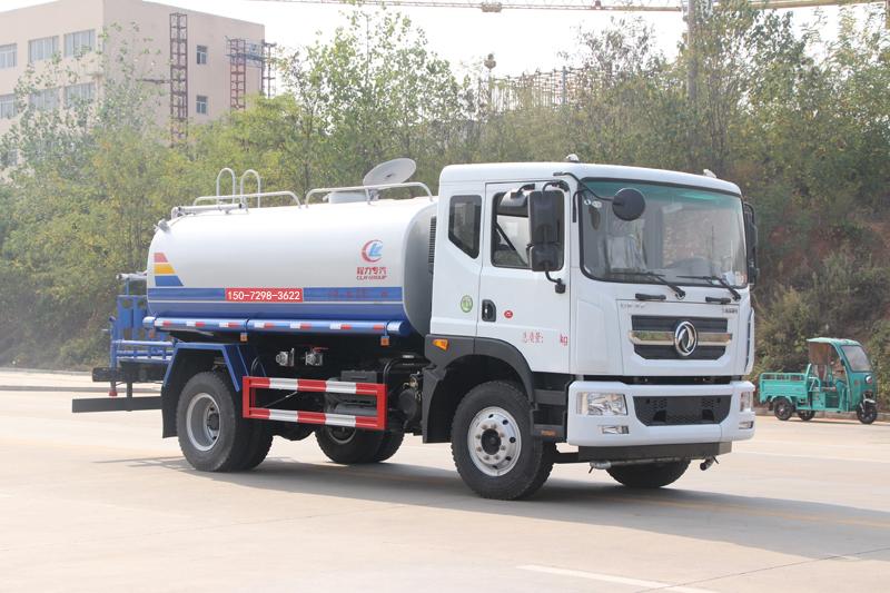 东风多利卡12吨洒水车