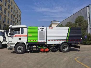 国六9吨陕汽德龙洗扫车