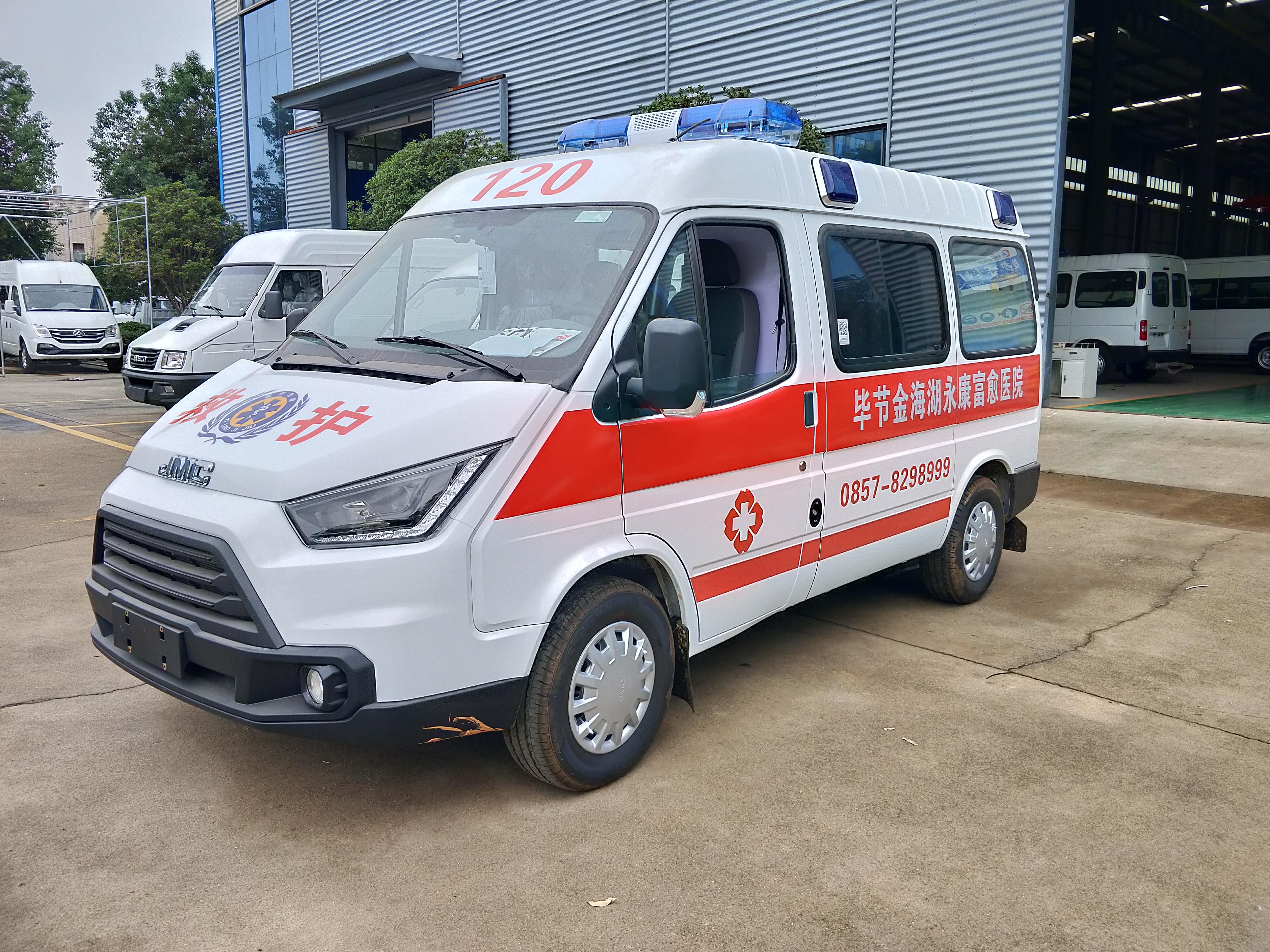 江鈴特順短軸運輸型汽油版救護車