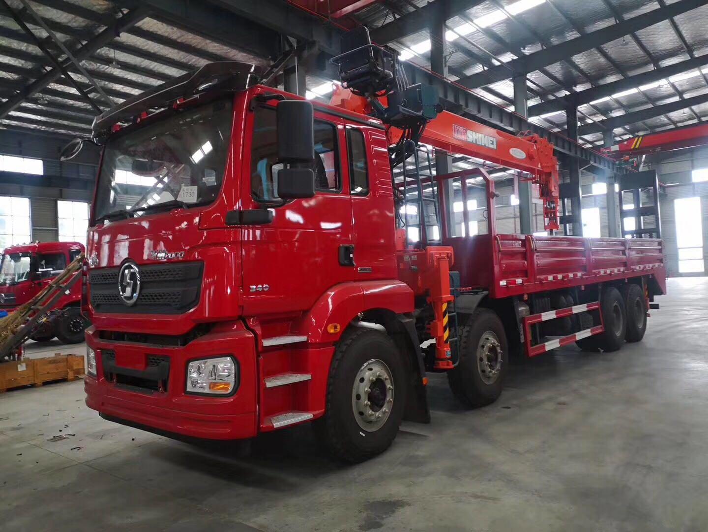 14吨石煤随车吊价格陕汽前四后八14吨随车吊图片