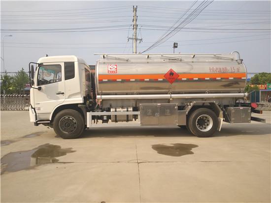 东风天锦15吨油罐车图片