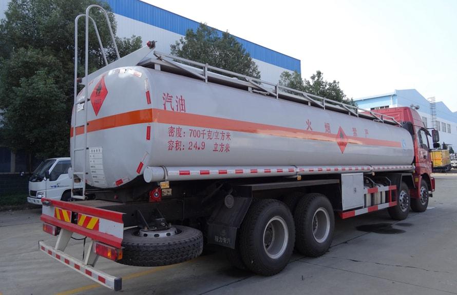 福田欧曼20吨21吨油罐车