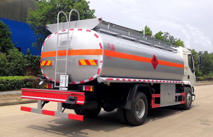 东风柳汽15吨油罐车图片
