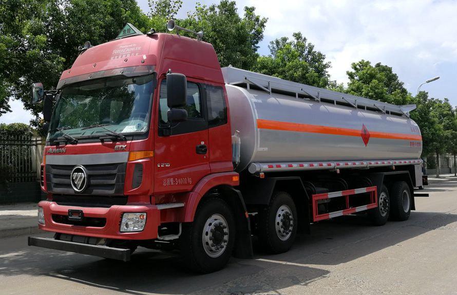 福田欧曼前四后六20-24吨油罐车