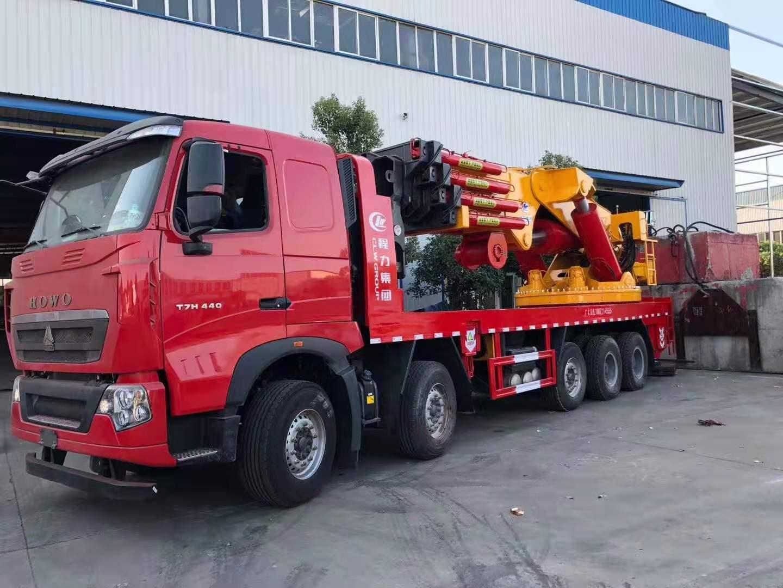 重汽豪沃150吨起重机