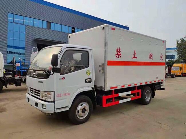 二類東風多利卡4米2易燃氣體廂式運輸車賣的最好的圖片