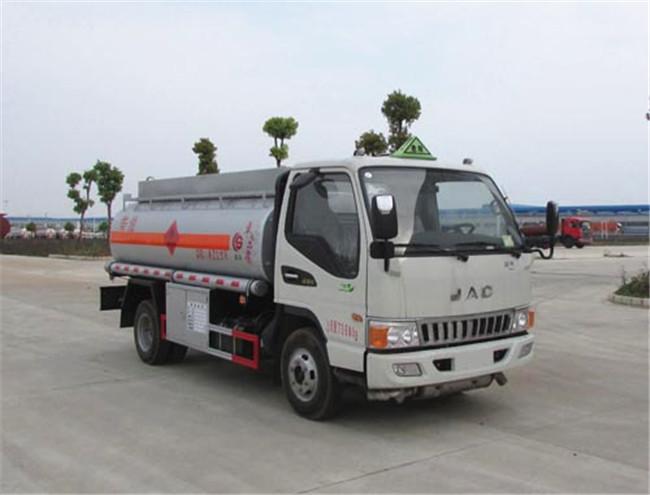 江淮小型油罐車價格 4-5噸流動加油車多少錢