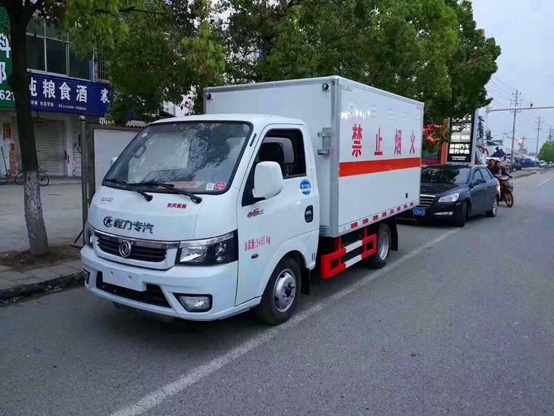 二類東風途逸3米易燃氣體廂式運輸車在那買圖片