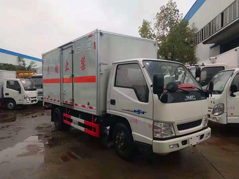 二類江鈴4米2易燃氣體廂式運輸車圖片