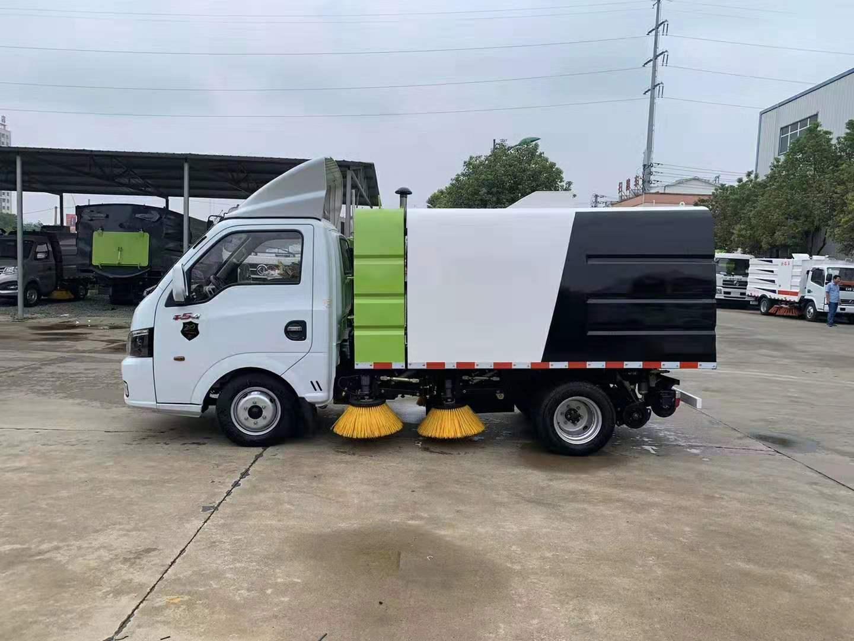 國六東風逸途2.5方掃路車作業視頻