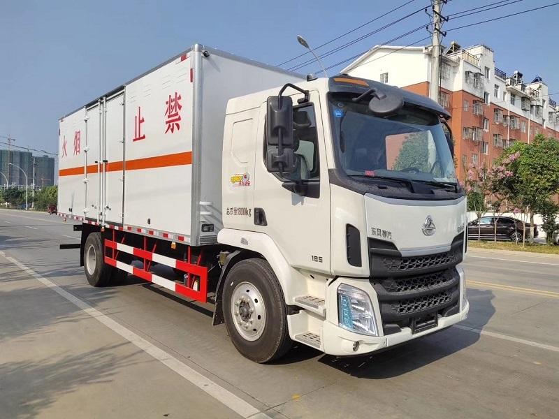 东风柳汽HCQ5180XQYLZ5型爆破器材运输车厂家视频视频